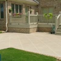 patio curved for lampost