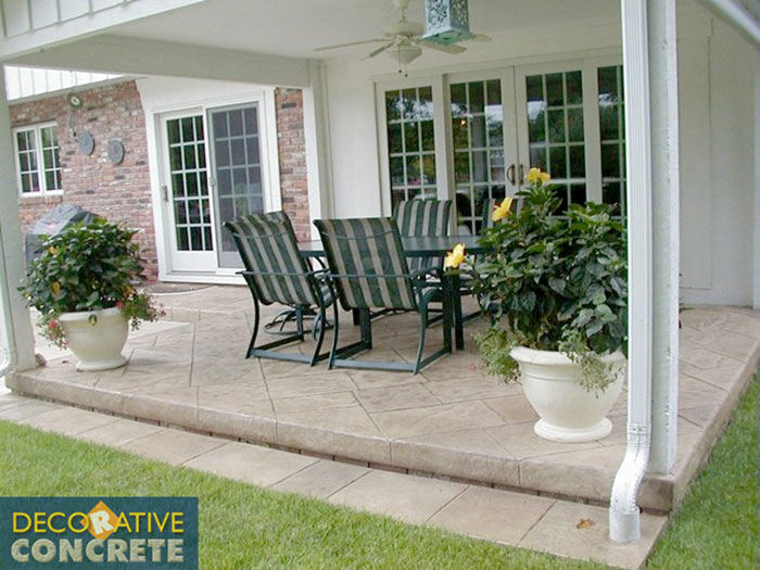 stamped-patio-over-edge-2W