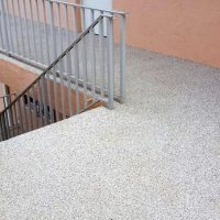 DC-Epoxy-flake-outside-stair-landingW