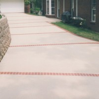 Driveway with retaining wall