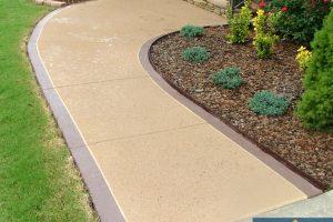 front sidewalk no pattern