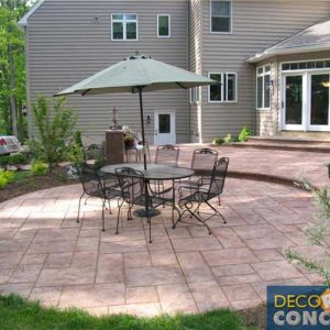 stamped-circle-patio