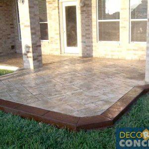 stamped-patio-dark-brown-edging